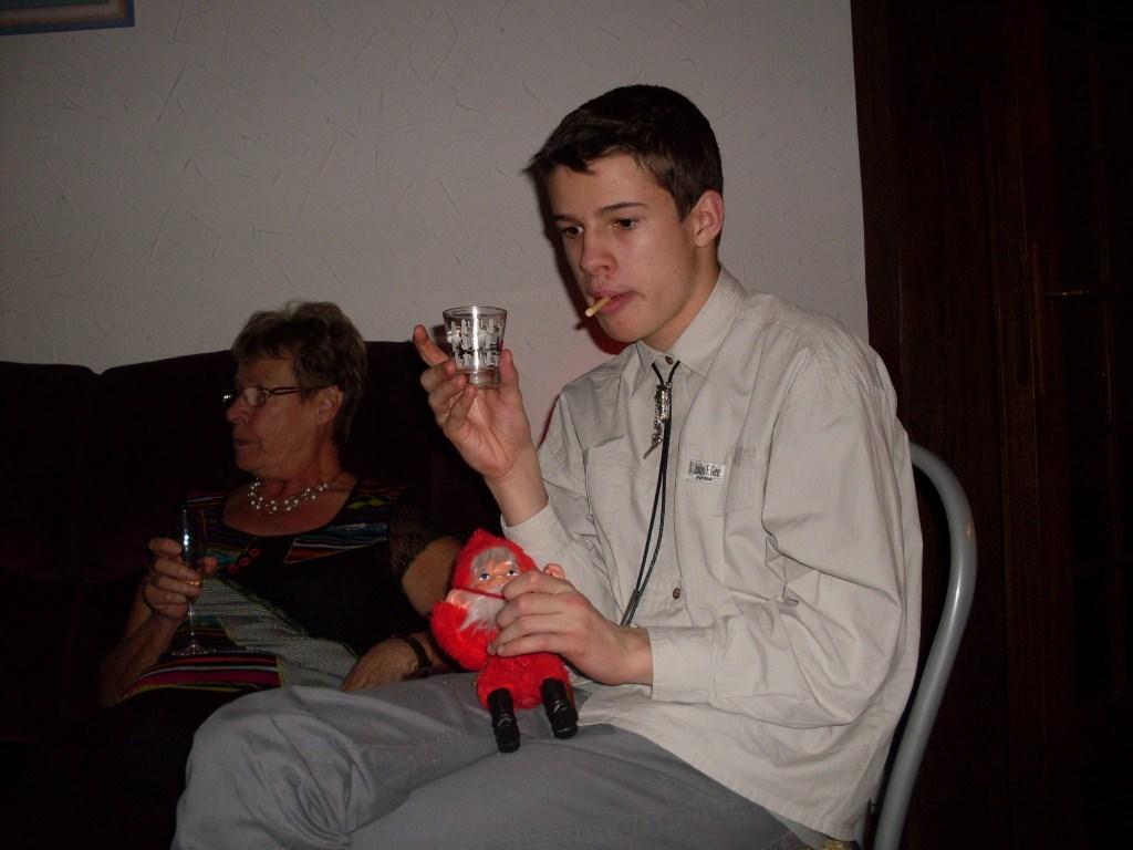 je-fume-je-bois-et-alors-le-pere-noel-est-d-accord.jpg